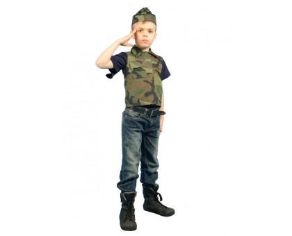 Камуфляжный костюм солдата: жилет и пилотка