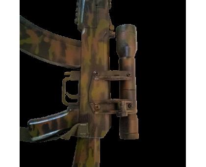 Деревянный автомат Калашникова АК-74 с оптическим прицелом в окрасе камуфляж