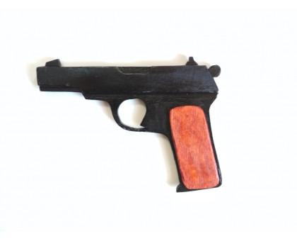 Муляж пистолета изготовлен из фанеры. Окрашен в черный цвет. Цена 300 руб. Производство: Россия.  Тел. 8 (499) 398-23-83.